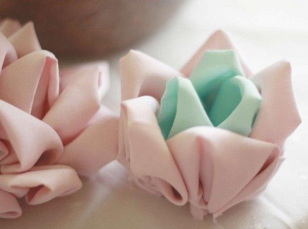 No Sew Mayumi Rose Bud Fabric Flower Tutorial
