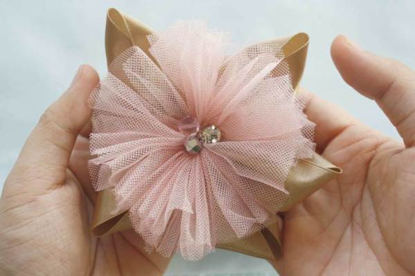 Tulle Flower Hair Bow from the Lucia Bow Tutorial