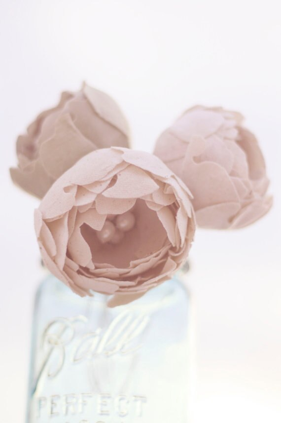 Diy fabric flowers for Wedding Decor and Bouquets