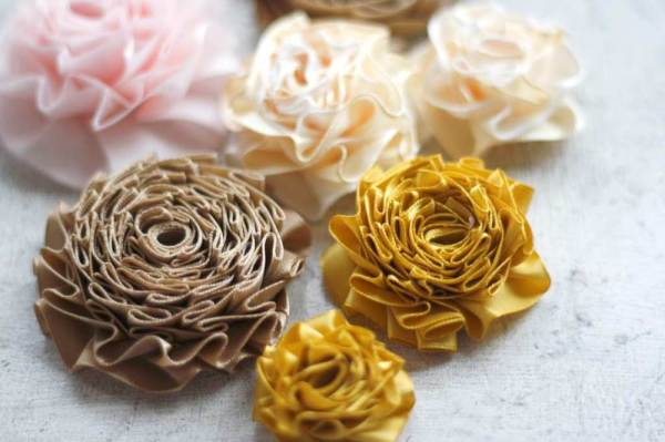 how to make ribbon flowers with summer amelie tutorial