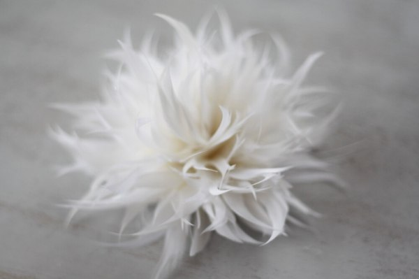how to make a feather flower spider mum for wedding decor