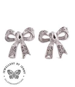 Örhängen rosetter med diamanter