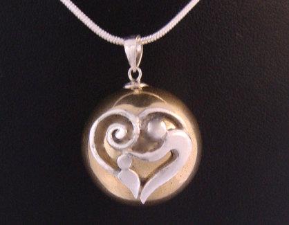 pregnancy jewellery
