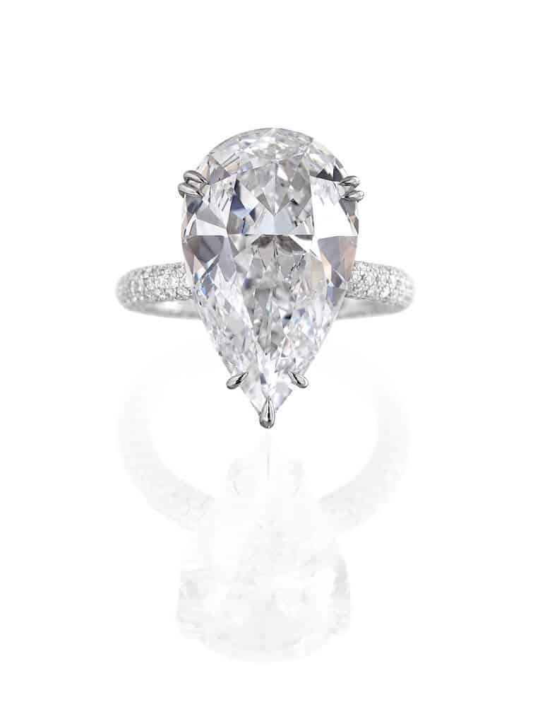five prong setting pear cut engagement ring