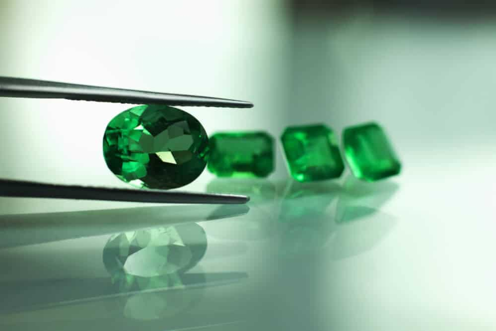 lab fire products chatham cushoin antique brilliance emerald cushion gemstone grown gems