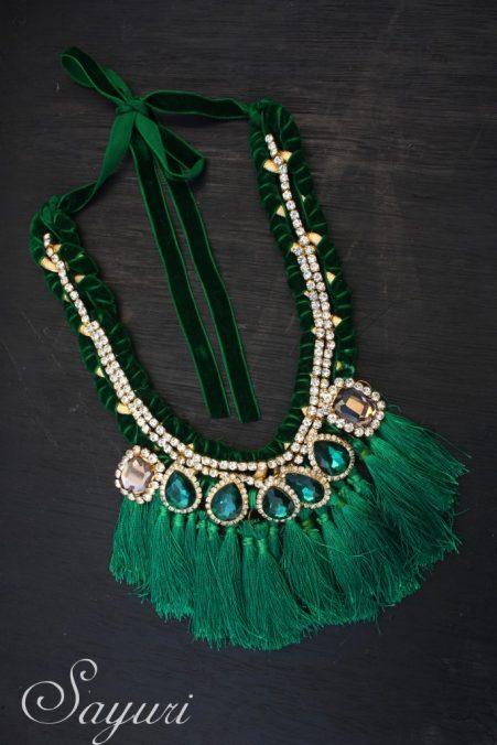 Green tassel necklace by Sayuri