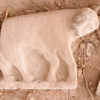 1,320 lbs. Lioness Statue Discovered near the Kinneret