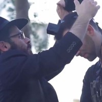 Jerusalem Mayor Revokes Fine Against Chabad Tefillin Stand Operator