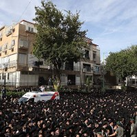 Hundreds of Thousands in Rabbi Shteinman's Funeral in Bnei Brak
