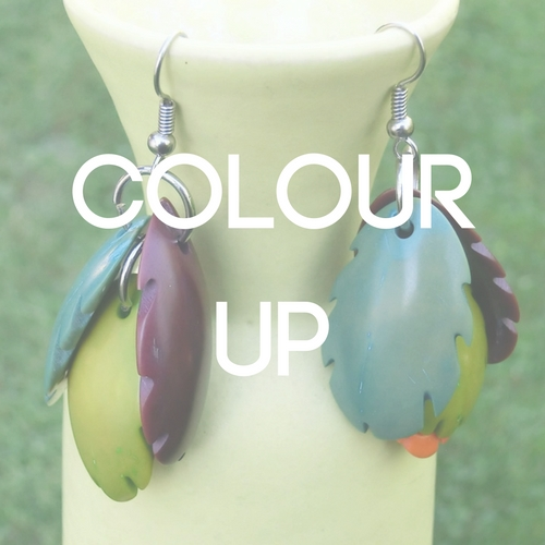 jeyjetter.com: Leaf Shaped Natural Colour Natural Material Earring from Mallorca