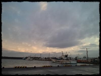 121003172143夕方の新港