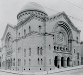 Temple Sherith Israel still stands in its 1800s location in San Francisco (Photo courtesy of Judah L. Magnes Museum)