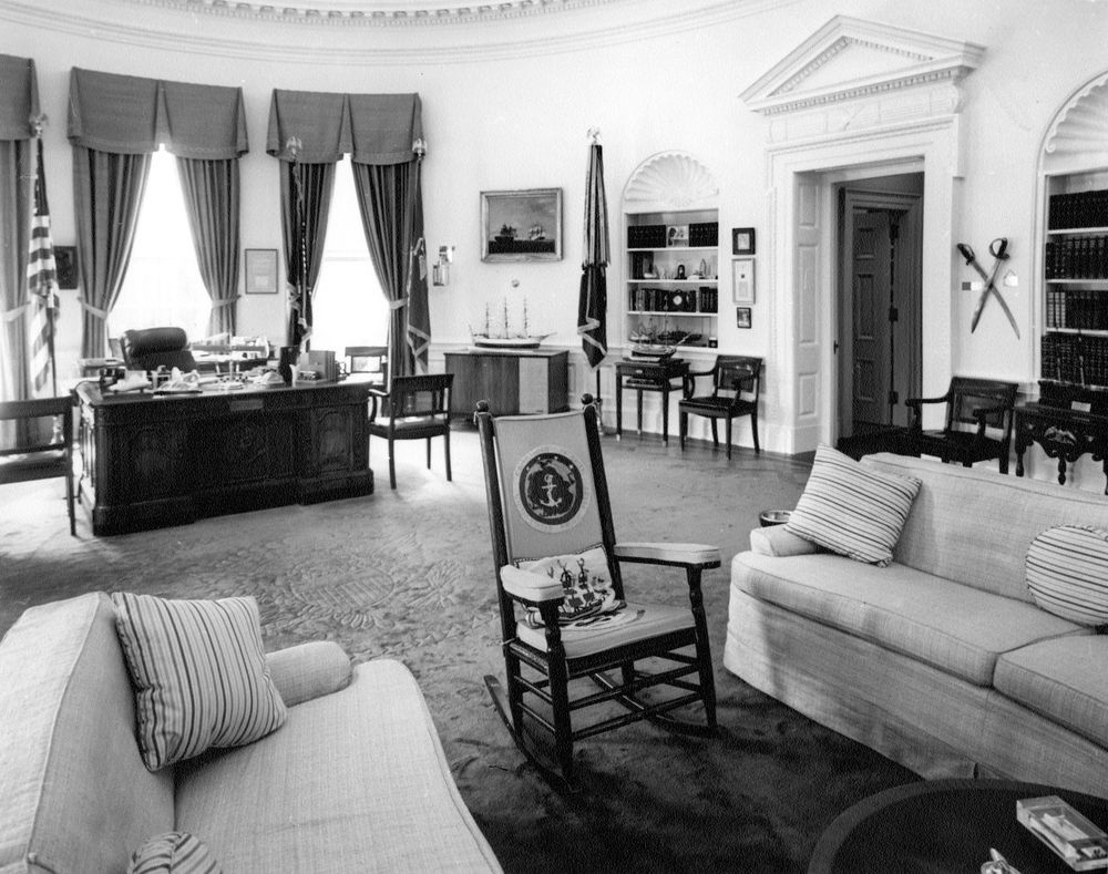 oval office chair reading lounge white house president kennedy s rocking and desk