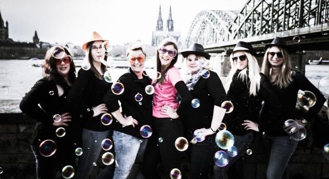 JGA Fotoparty Kln  Fotoshooting mit Sekt in der Klner Altstadt