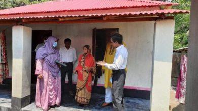Photo of অতিঃ বিভাগীয় কমিশনার পরিদর্শন করলেন শৈলকুপা ভূমিহীন ও গৃহহীনদের ঘর