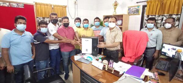 শৈলকুপা এসএসসি-২০০৭ ব্যাচের অক্সিজেন কন্সেনেট্রটর মেশিন প্রদান