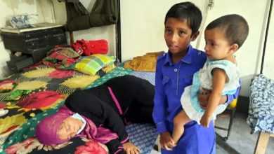 Photo of ঝিনাইদহে ব্যাংকের সামনে থেকে লাখ টাকা ছিনতাই