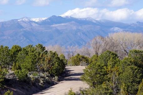 somewhere in the neighborhood with Lobo Peak