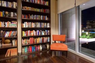 Austonain Library