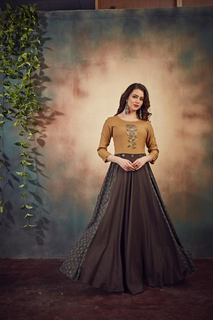 joganiya shurbhi attractive look beautifully designed kurties