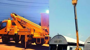 Pakistan Exporting Cranes