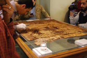 Tunic of King Tutankhamen during first aid