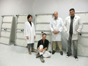 group photo of the Egyptian-Japanese conservators