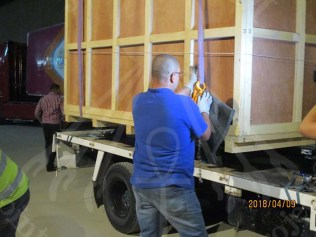 unloading the chariot from the truck