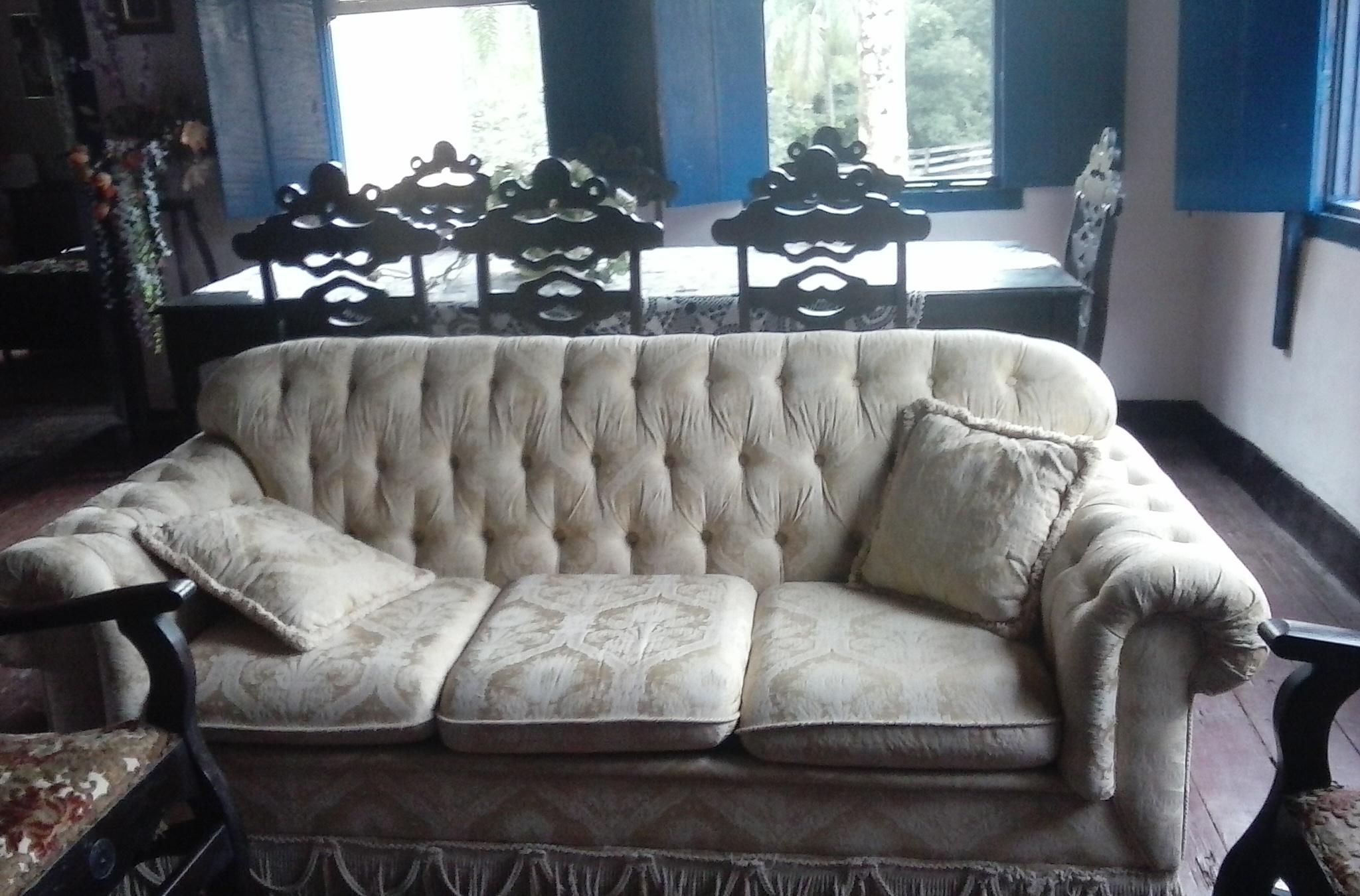 nyc sofa disposal chocolate brown leather dye used furniture pick up on long island or in new york city