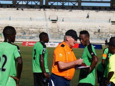 Pluijm demands high level discipline at Azam FC