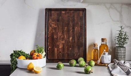 Walnut cutting board end grain