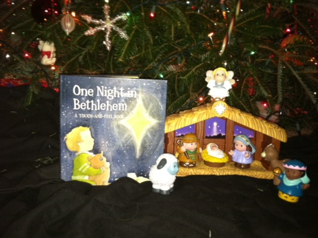 Ten Benefits to Reading Christmas Books to your Children