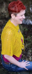 Windsor Capelette in Carnal from Vice Yarn on Jill