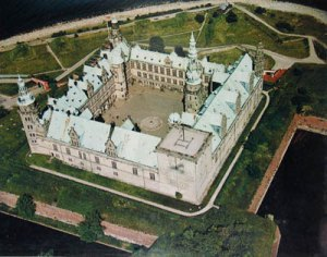 Kronborg Cowl: Palace in birds-eye view