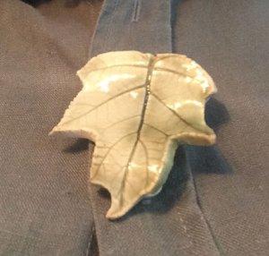 Fall Knitting: Leaf Pin