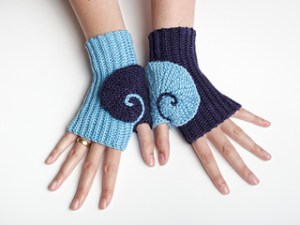 Harnessing Energy: Renate Mittens by Tanja Osswald