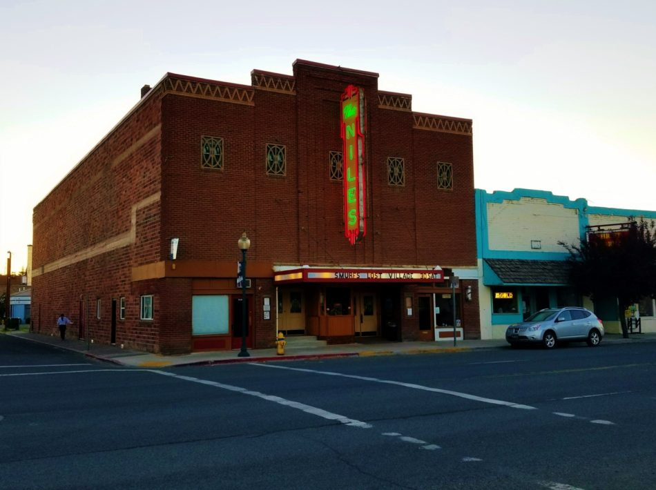 The Niles Theater in Alturas