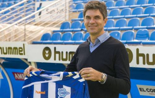 Mauricio Pellegrini præsenteres som ny træner i Alavés.