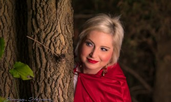 model photography Model Photography – Little Red Riding Hood Little Red Riding Hood 3