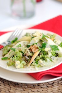 Tangy Pear Salad With Blue Cheese
