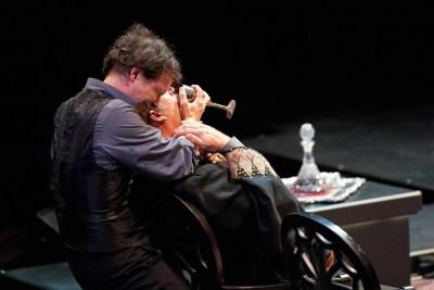 Hamlet 64 - Photo: Peter Wochniak