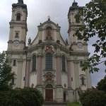 Poutní klášter Ottobeuren leží na Svatojakubské stezce