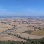 Camino de Santiago výhled z kopce před Puente la Reina