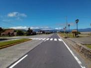 Hlavní ulice přístavu Chaitén na silnici Carretera Austral v Patagonii.
