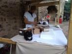 Kočka ve sředověkém stánku