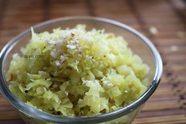 Cabbage poriyal recipe | simple cabbage thoran |cabbage palya