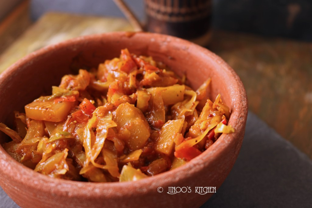 Cabbage curry bengali style