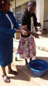 The students also participated in a training on effective hand-washing, as a way to avoid transmitting diseases.