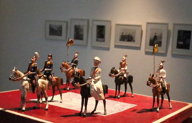 """""""Kaiserliche Familie Nr. 86"""", Bleifiguren in Luxusausführung des Herstellers Gustav Heyde, Dresden; Privatsammlung,"""