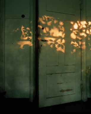 Ida Pimenoff Untitled (Door), from the series A Shadow at the Edge of Every Moment of the Day 2010, C-print © Ida Pimenoff / Courtesy Kehrer Galerie